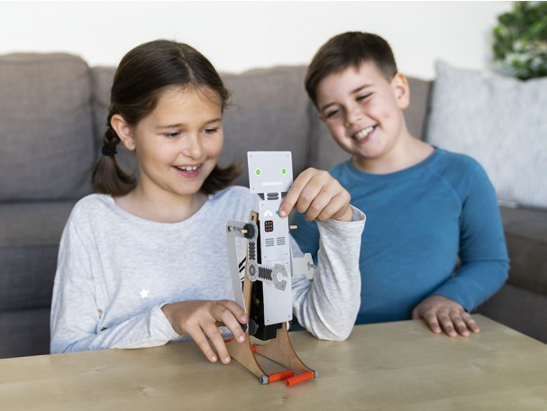 STEM Gifts for Kids 9-11 Year Olds: Walking Robot